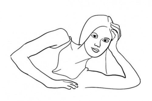 Поза лежа на девушке фото ru